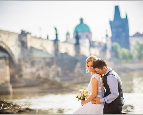 Serge & Olesya in Troja Château